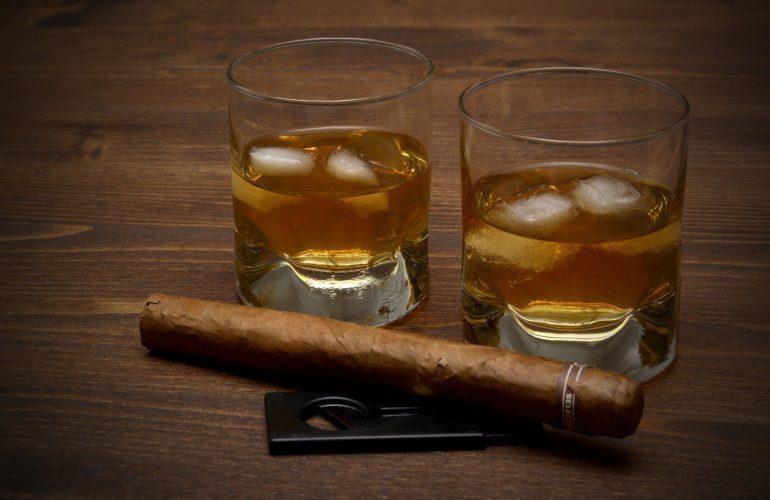 Guide to Smoking a Cigar